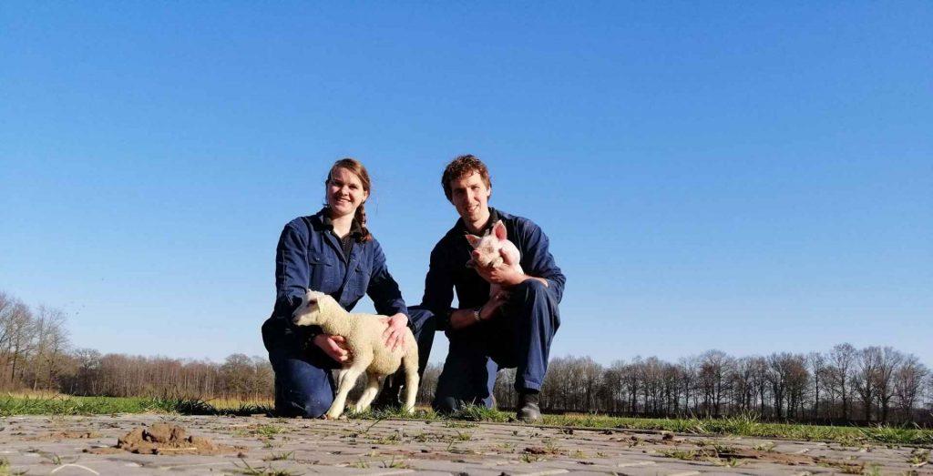 Peter en Stefanie op hun biologische varkenshouderij