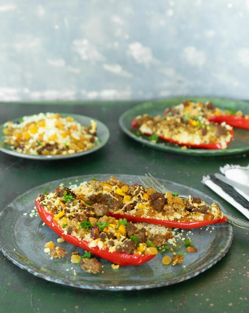 Geulvde paprika met biologisch rundergehakt en couscous